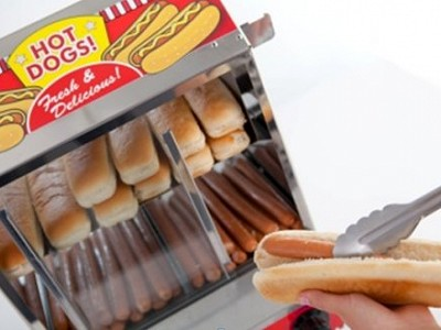 Hot Dogs being served