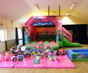 Bouncy Castle with Soft Play